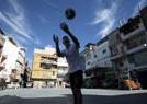 贫民窟的足球少年