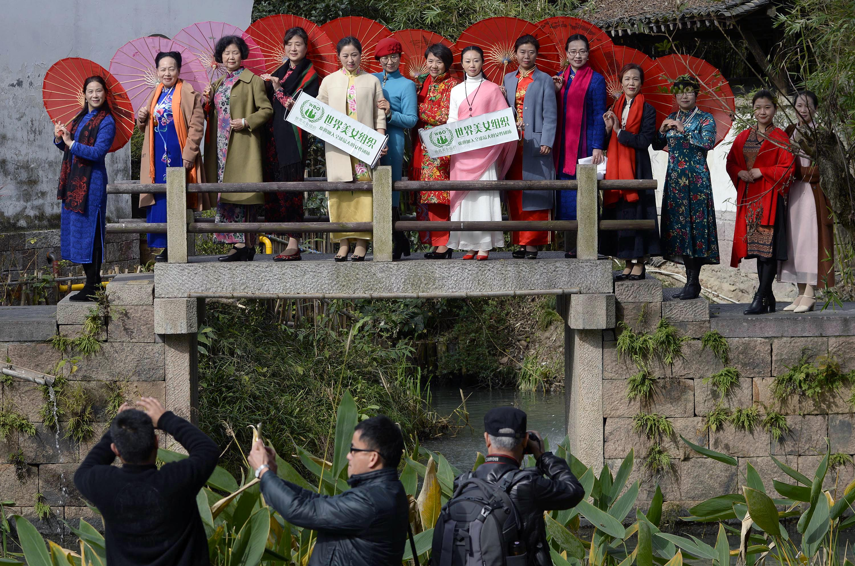 世界美女组织在杭州举行走秀活动