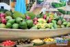 唐山:春节临近水果热销 部分高端水果价格走低