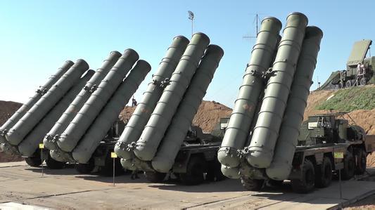 印俄签署S-400防空导弹系统采购协议