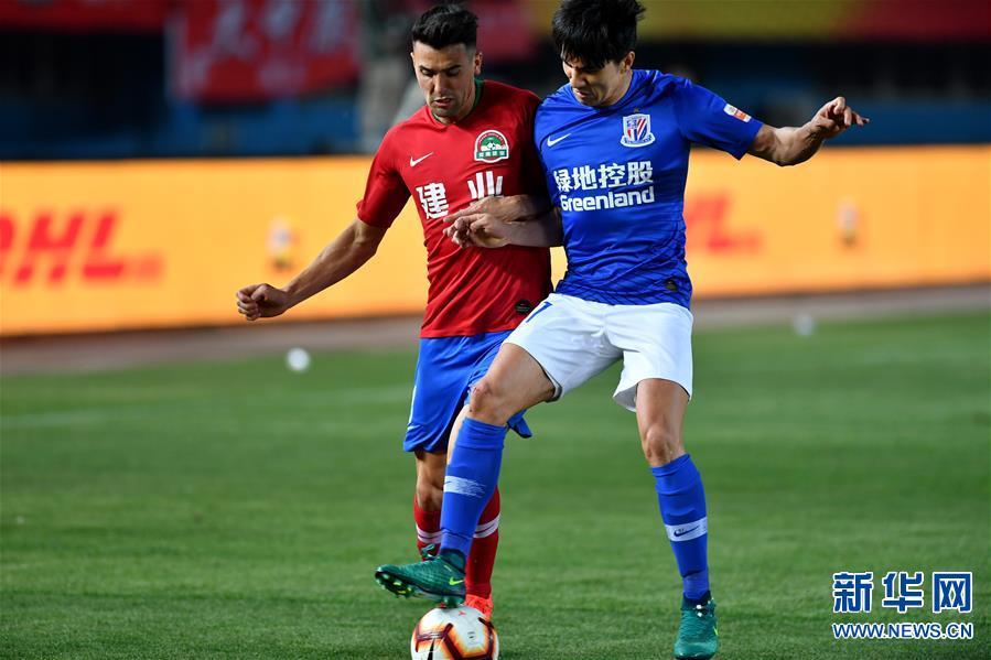 (体育)(31)足球——中超:上海绿地申花胜河南建业
