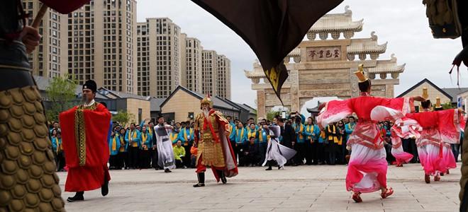 上合青年即墨古城体验中华传统文化