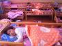 近3成幼儿园宝宝吃饭太慢 超6成小朋友睡得太晚了