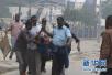 """索马里首都酒店遭极端组织""""青年党""""袭击 11人死亡"""