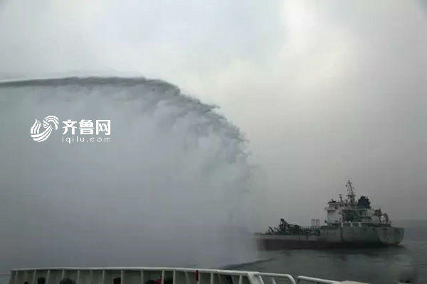 一油轮山东海域疑似爆炸 3人下落不明