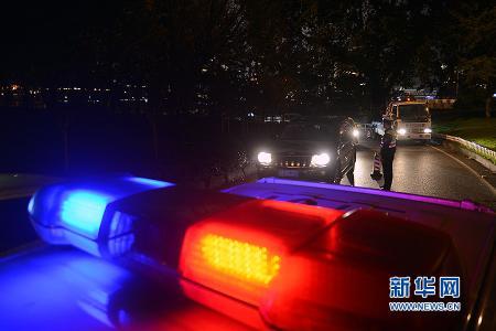 金沙国际娱乐平台:中年男子称不喝酒不会开车 交警:头一回遇到