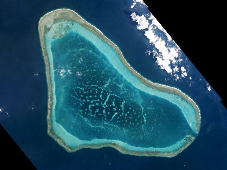 菲律宾首秀日本赠送飞机 选择在黄岩岛上空