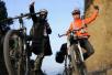 25岁厨师骑自行车近三千里回家过年:到家的那一刻都值了