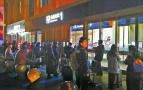 旅客吐槽济南西站服务不周:早6点前到只能挨冻等开门?