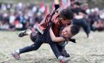 侗寨欢度摔跤节