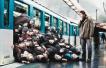 男子早高峰乘地铁被挤成瘫痪 地铁公司被判赔26万