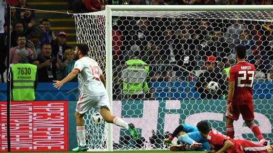 """科斯塔灵光一现破""""铁桶阵"""" 西班牙1-0伊朗"""