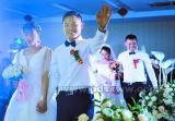 双胞胎兄弟同日大婚 新娘同姓同月生皆是护士
