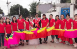 11个姐姐凑钱给弟弟娶亲买房:曾有姐姐放弃北京录取通知去打工
