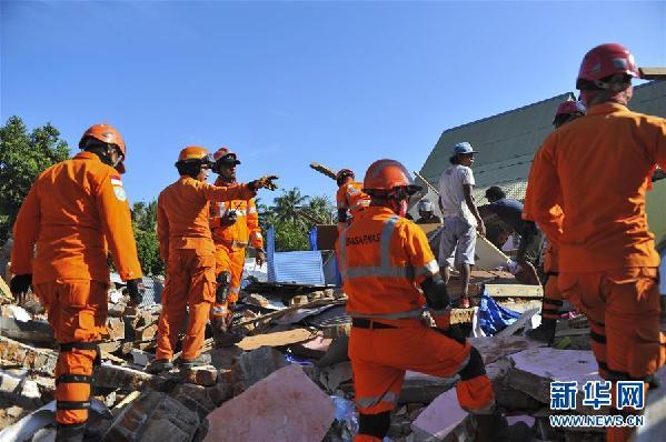 (国际)(6)印尼龙目岛地震死亡人数上升至105人