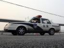 """5岁女童独自行走拒上警车,民警一路护送吁""""教孩子信警察"""""""