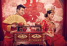 """31年中国人婚姻数据:""""晚婚""""现象明显"""