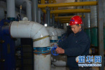 石市供热管理中心:问计供热专家 破解供热难题
