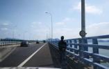 视频|为了看看大海,65岁湖北老人在浙江徒步5小时还上了高速