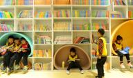 24小时自助图书馆成摆设?很少有人用 为何?