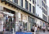 郑州不少商铺门头遭强拆被指涉嫌违规 城管局这样回应