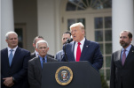 美國白宮總統醫生14日說,美國總統特朗普新冠病毒檢測結果呈陰性