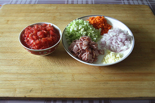 意大利蔬菜汤的做法步骤:1