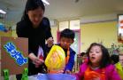 山东公办园要求1个老师最多看8个娃 家长欢迎园方叫苦