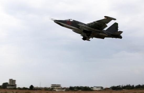 俄罗斯一苏-25飞机坠毁