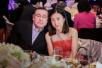刘銮雄全部股份赠老婆与儿子 甘比直入香港十大富豪榜!