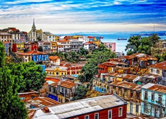 厌倦了千篇一律的城市?去世界9大彩虹小镇找点颜色
