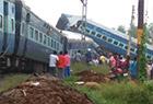 印度北方邦列车脱轨