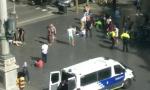 西班牙警方击毙疑巴塞罗那恐袭嫌犯 绑炸弹腰带