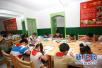 南京学生日均写作业2.81小时 3/4家庭陪写作业