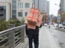 浙江一男子多次顺手牵羊偷废纸箱,构成盗窃罪被判刑又罚款