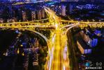 南京人才新政落户现场:为什么愿意来二线城市落户