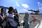 大图来啦!海军航母编队在西太平洋海域开展远海作战运用演练