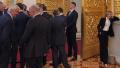 普京就职典礼,克里米亚网红美女检察长贡献表情包!