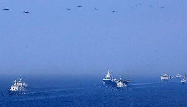 解放军在东海海域进行实际使用武器训练 为期六天