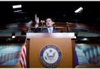 特朗普刚说想和好 美国会就考虑对俄实施更多制裁