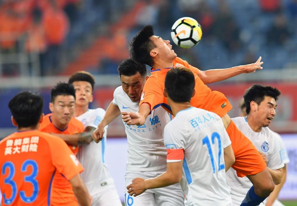 佩莱伤退塔神造三球 鲁能总分4-0晋级足协杯决赛