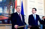 乌克兰总统波罗申科:将废止与俄罗斯友好条约