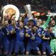 曼联夺欧联杯进欧冠