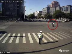 马路对面有绿灯,为何被罚?徐州一市民胡闹的原因太可笑