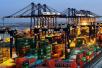 海关总署:上半年进出口13.14万亿 顺差收窄17.7%