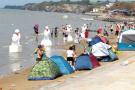 """大连部分海滨浴场仍存在""""圈地""""收费现象"""