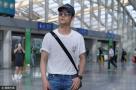 王凯亮相机场
