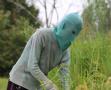 女子戴面具十年未摘