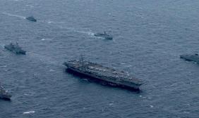 美韩出动航母举行联合演习