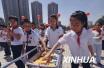 青岛八万学生喝上放心奶,今年将在全市中小学推广